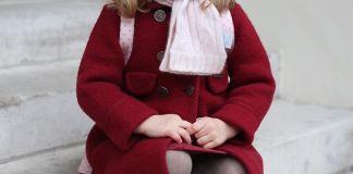 Кейт Миддлтон сфотографировала дочку в честь первого посещения детского сада