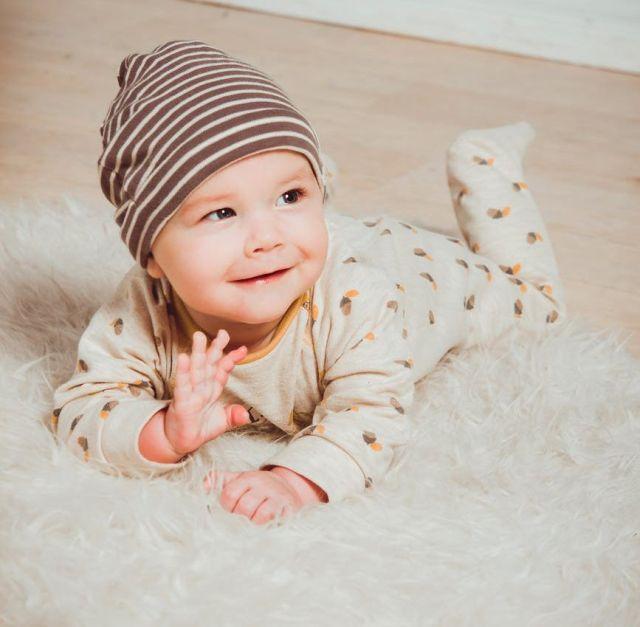 Выбираем одежду для новорожденного: 7 практичных советов