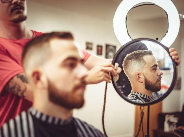 Редеющие волосы у мужчины: советы барбершоп haft