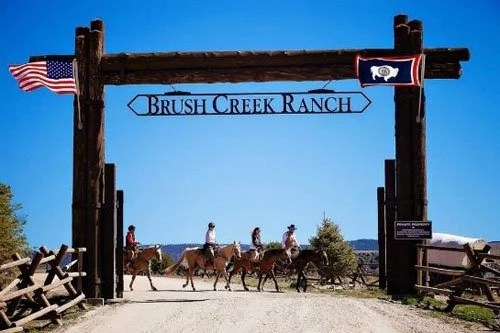 "brush-creek-ranch-wedding-17 ""width ="" 500 ""peak ="" 333 ""srcset ="" https://www.womangettingmarried.com/wp-content/uploads/2015/05/brush-creek-ranch-wedding -17.jpg 500w, https://www.womangettingmarried.com/wp-content/uploads/2015/05/brush-creek-ranch-wedding-17-300x200.jpg 300w, https://www.womangettingmarried.com http://www.womangettingmarried.com/wp-content/uploads/2015/05/brush-creek- ranch-wedding-17-296x197.jpg 296w ""sizes ="" (max-width: 500px) 100vw, 500px ""data-jpibfi-post-excerpt ="" ""data-jpibfi-post-url ="" https: // www. womangettingmarried.com/brush-creek-ranch-wedding-venue/ ""data-jpibfi-post-title ="" Brush Creek Ranch ""data-jpibfi-src ="" https://www.womangettingmarried.com/wp-content/uploads /2015/05/brush-creek-ranch-wedding-17.jpg ""/></p data-recalc-dims="