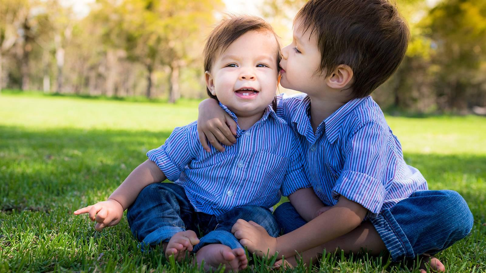 Jarak Ideal Usia antara Kakak dan Adik Harus Dipertimbangkan Orang Tua