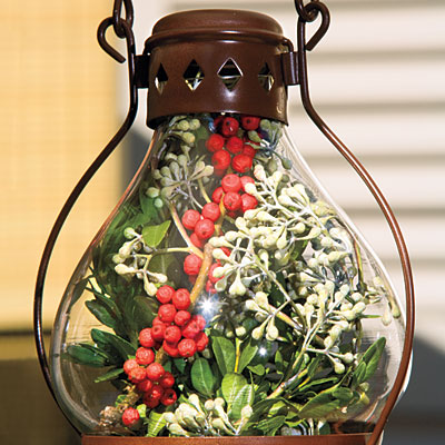 outdoor-holiday-lanterns-l