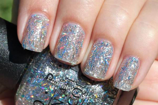 nickiMinajOPICollectionSwatchesSaveMeBlueBarGlitterNailPolish