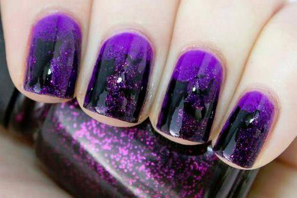 purple-glitter-nails