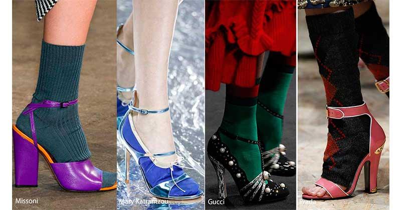 Γόβες και Πέδιλα 2017 με κάλτσες