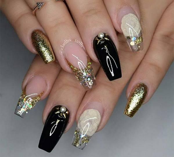 holiday_nail_art_designs_ideas_christmas_nails32