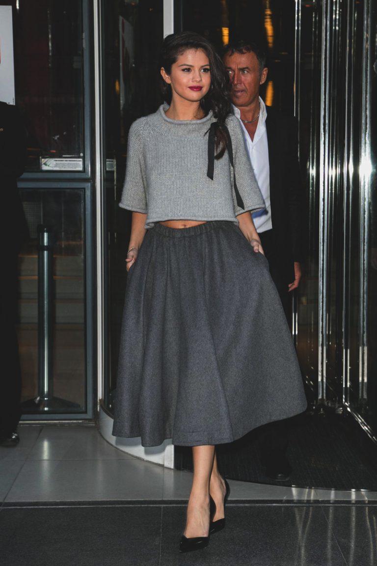 Selena Gomez: Οι πιο Stylish Εμφανίσεις της