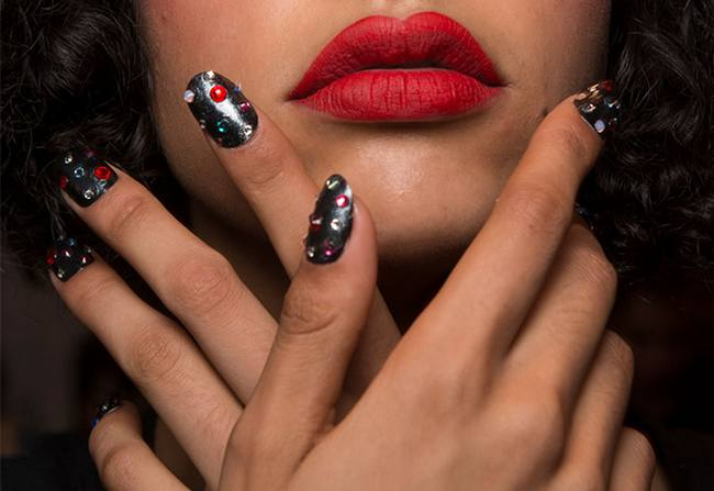 Nail-trends-spring-2017-Kenzo