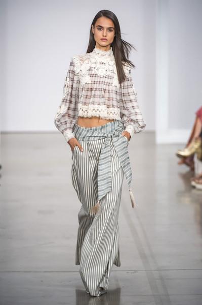 Γυναικεία Παντελόνια άνοιξη καλοκαίρι 2017 best looks