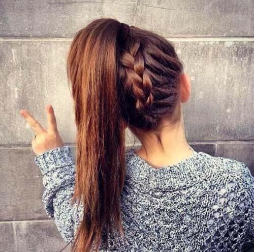 ba13be261459 Ψηλή αλογοουρά  45 προτάσεις για μακριά μαλλιά