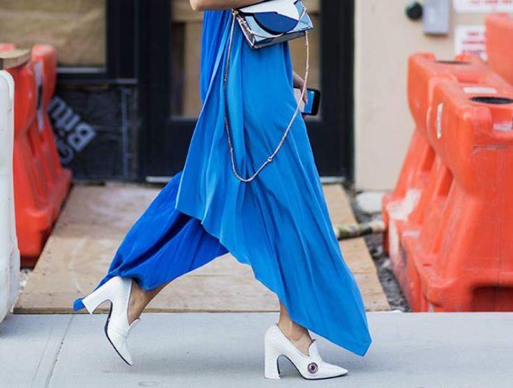 18097ad12679 Tο πιο κολακευτικό χρώμα για το φετινό σου φόρεμα