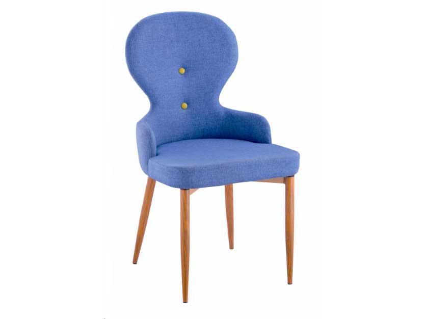 καρέκλα τραπεζαρίας σε έντονο χρώμα