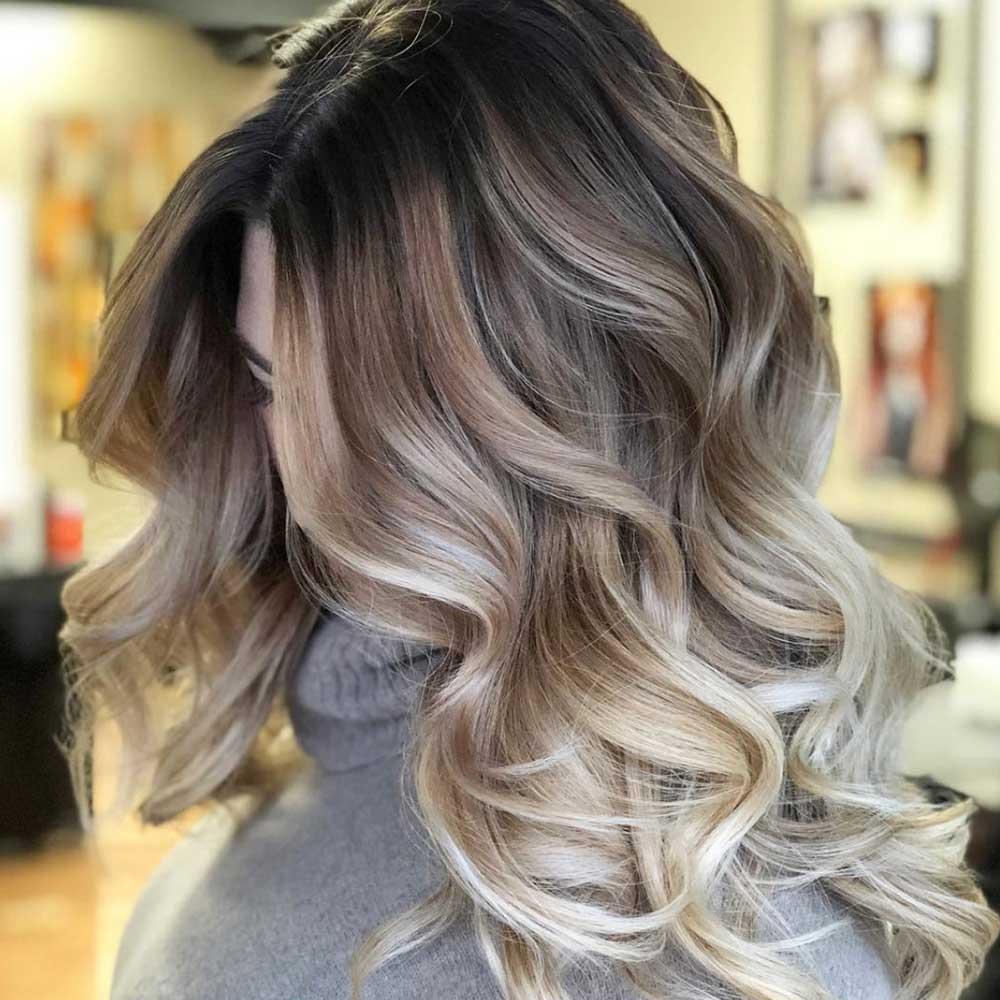 Ψάχνεσαι να κάνεις τις νέες τάσεις του Μπαλαγιάζ στα Μαλλιά σου;