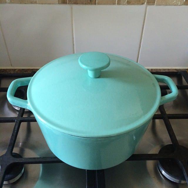 cast iron dish kitchen