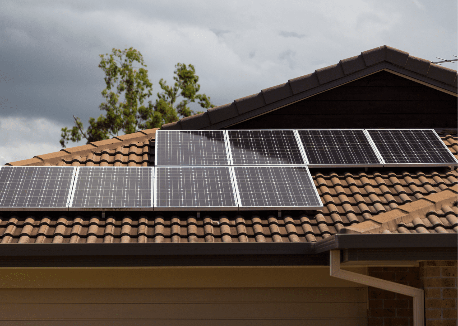 5 Reasons Why Homeowners Have Not Yet Embraced Rooftop Solar Panels as the Golden Standard