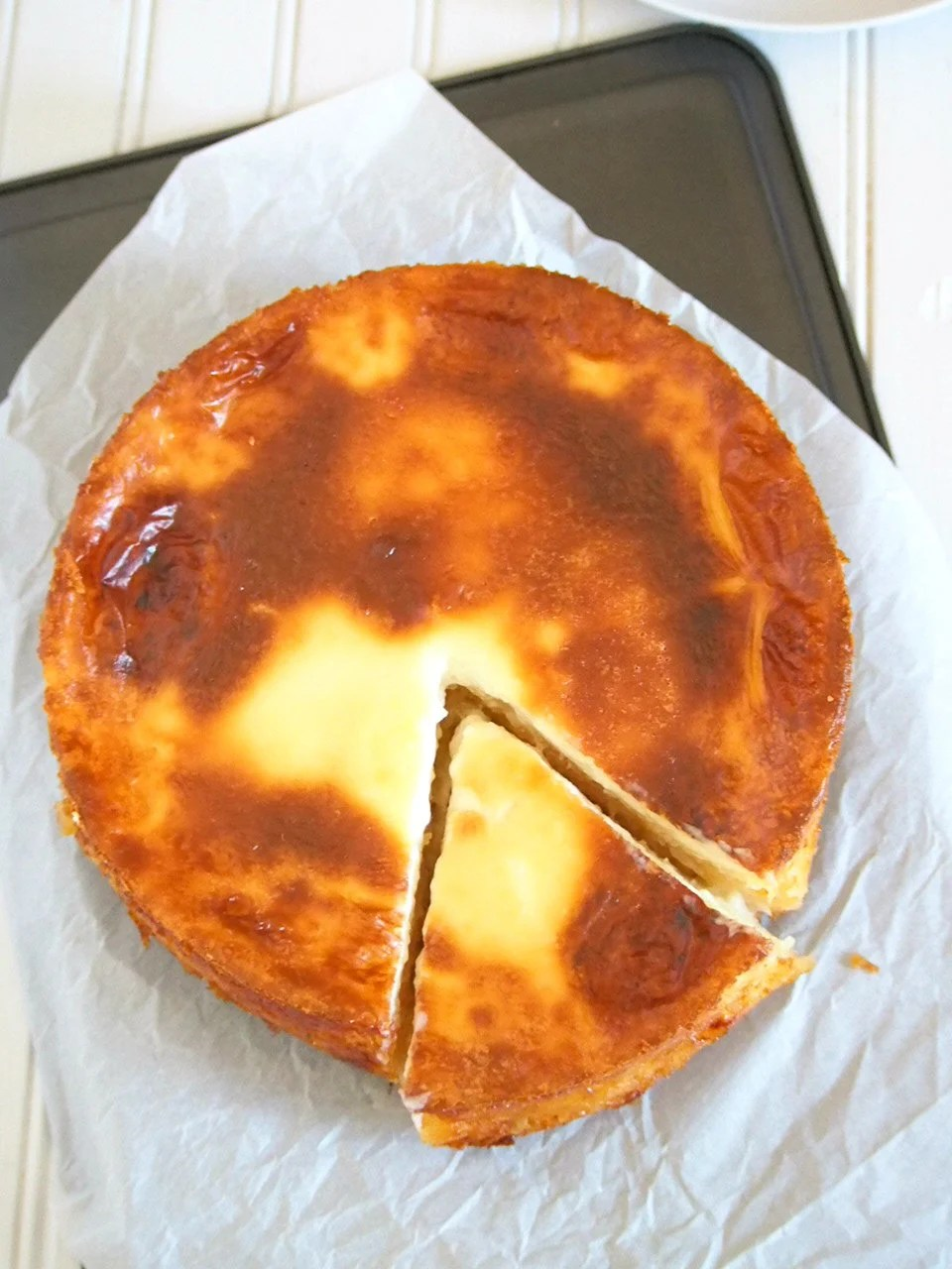 This cassava cake is appropriately sweet with notes of cheddar cheese and milk, and a whole load of the filling, tasty cassava meat.