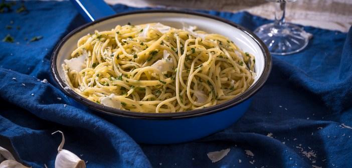 ספגטי ברילה ברוטב חמאה שום פטרוזיליה ופרמזן