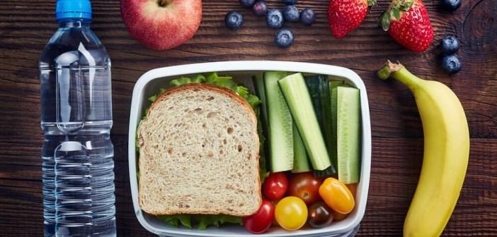 שומרים על תזונה נכונה עם החזרה ללימודים