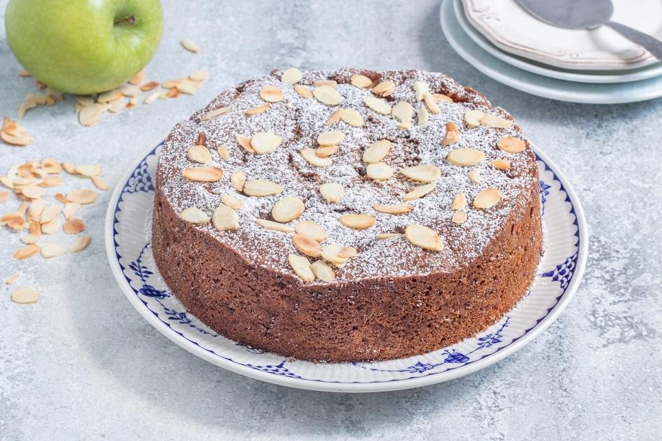 עוגת תפוחים מתובלת בטופו עם קרמל