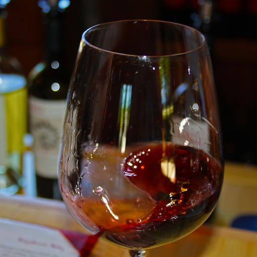 cropped-Wine-1.jpg
