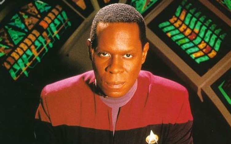 Commander Benjamin Sisko from Season 1 of DS9