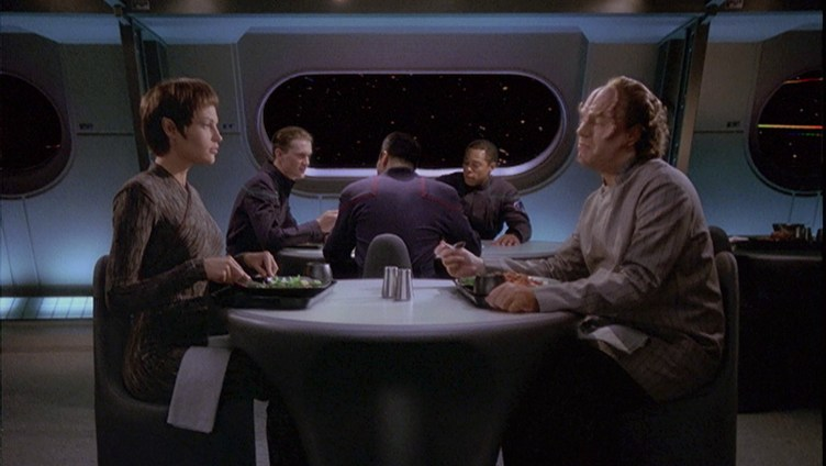 "T'Pol and Phlox discuss IDIC in ""the Andorian Incident"""