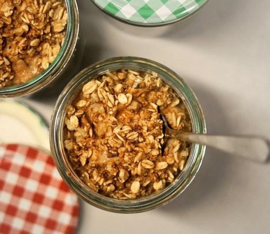 10 Amazing Benefits Of Oatmeal, oatmeal benefits weight loss, oatmeal benefits for skin, benefits of eating oatmeal at night, oatmeal benefits and disadvantages, oats benefits and side effects, oats benefits in hindi, oats nutritional benefits, quaker oatmeal nutrition, oats benefits weight loss, oats benefits for skin, oats quaker, how to eat oats, oats plant, quaker oatmeal nutrition,