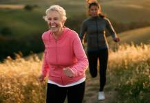 Fun Fitness Ideas To Do With Aging Parents, things to do with elderly in nursing home, elderly games and activities, ideas to keep elderly busy, fun activities for the elderly, recreational activities for the elderly, group activities for elderly, indoor activities for seniors, elderly activities ideas,