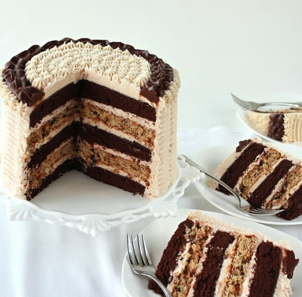 Chocolate cinnamon raisin cake
