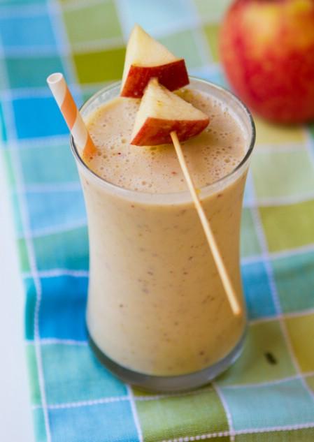 Apple protein smoothie