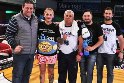 Debora Dionicius Successfully Defends her IBF Strap for 9th Time with Dominance over Diana Fernandez