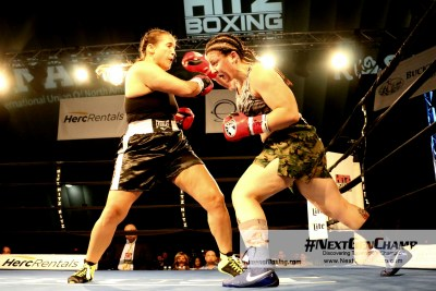 Sarah Curran Pounds her Way to Shut Out Win over Former Unbeaten Jenna Johlin-Thompson
