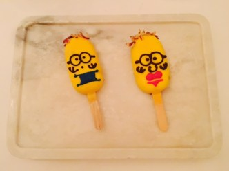 Minion Lemon Cheesecake popsicle