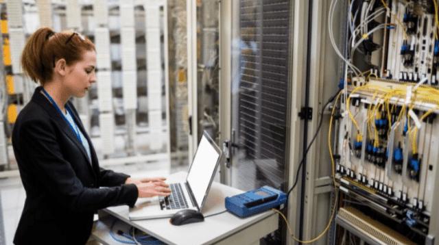woman technology servers