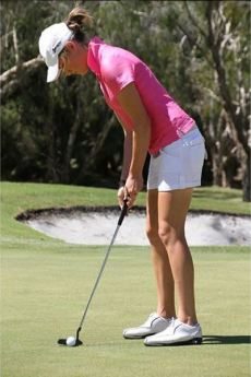 Amy Walsh womens golf putting