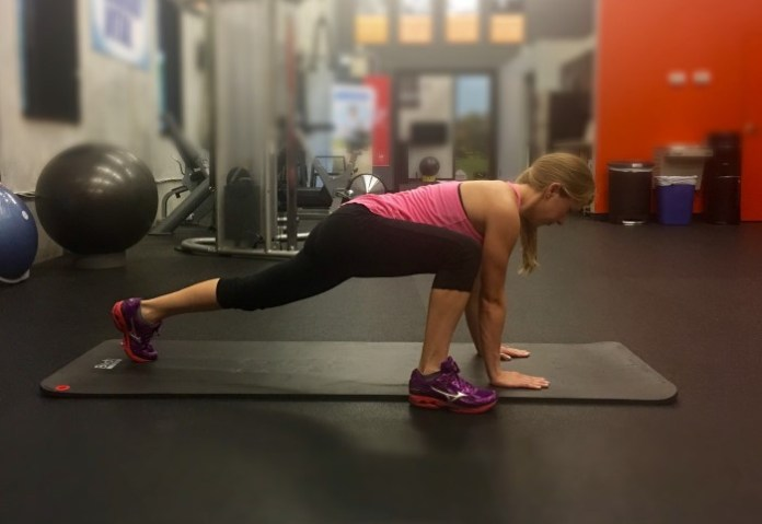Melissa -Plank Hip Mobility womens golf