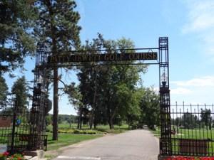 Patty Jewett Golf Club entrance