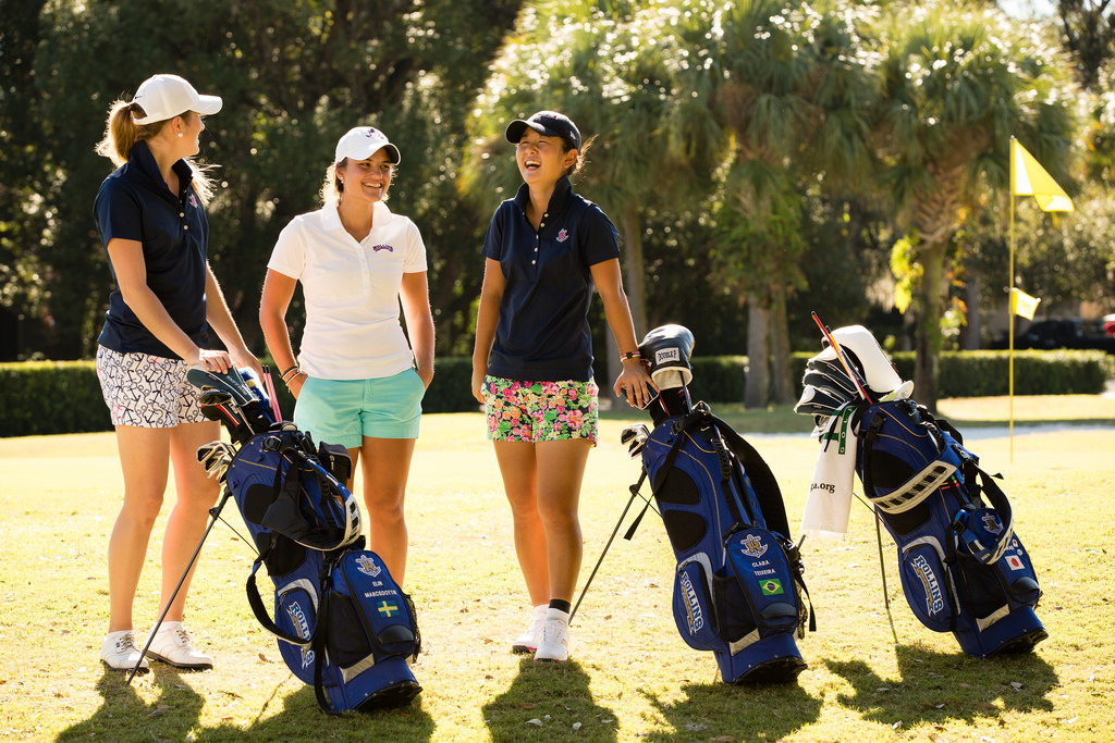womens golf article on social media and college golf