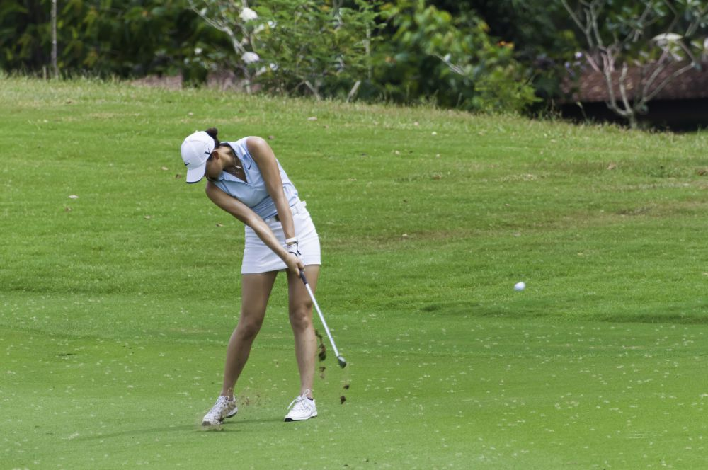 Impact watch the collision of clubhead and ball womens golf newsletter