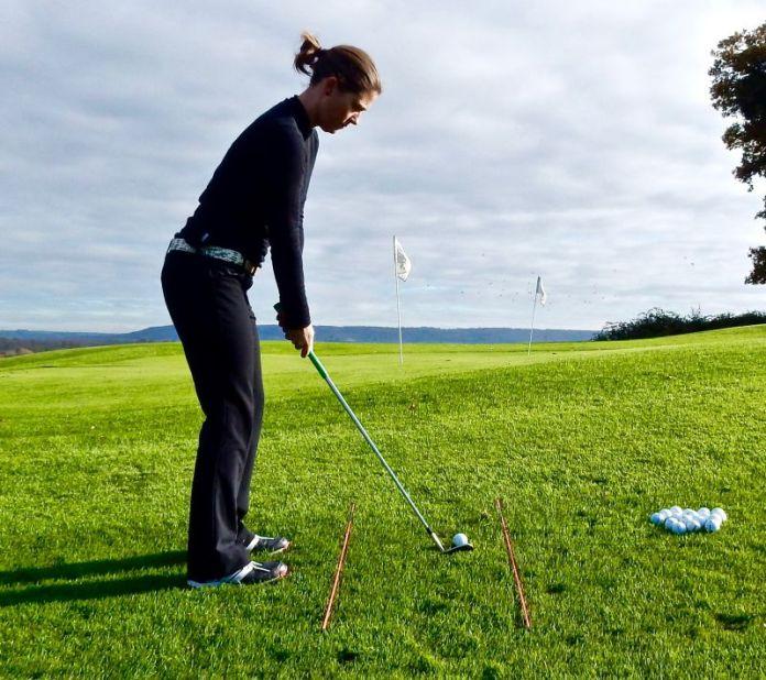 Lizzy Freemantle pre-shot routine womens golf