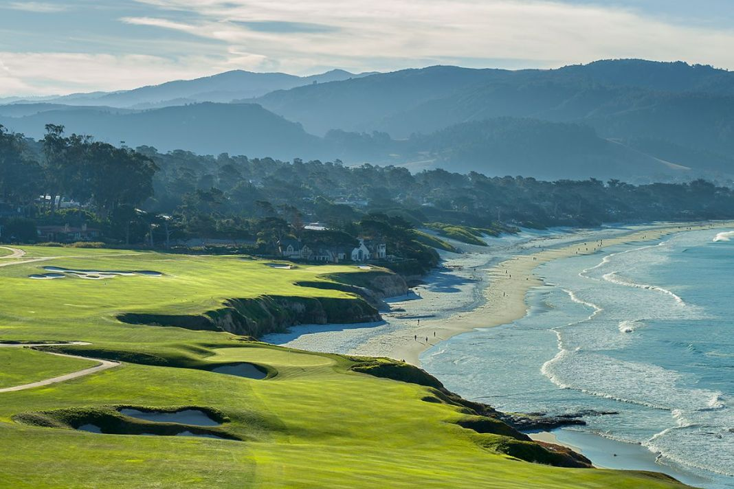 Pebble Beach Golf Links - 9th and 10th holes - Evan Schiller - WomensGolf.com