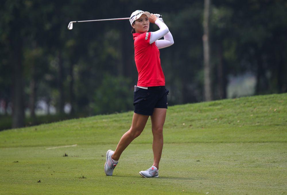 So Yeon Ryu posture and balance in golf - deb vangellow - womensgolf.com