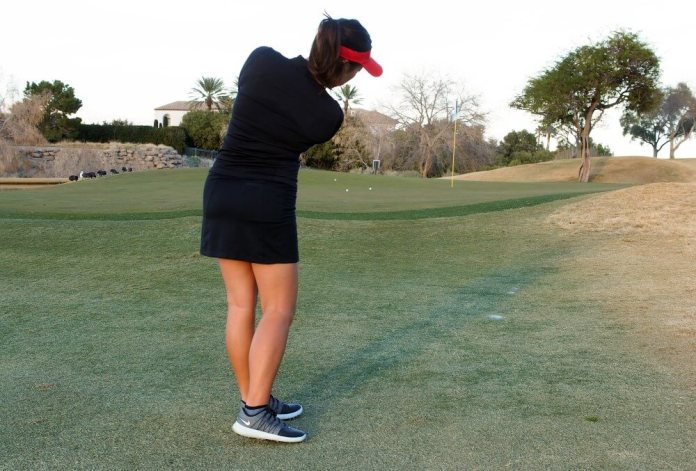 Pivot and stand - Pitch it like you putt it - Cathy Kim - womens golf