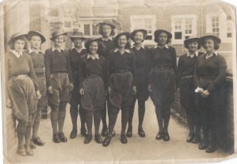 Betty and her fellow students at Seale-Hayne Agricultural College in Newton Abbott, Devon Source: Helen Van Dongen
