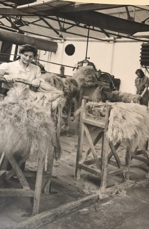 Land Girls At Pluckley Flax Mill