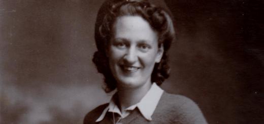 Phyllis Staves