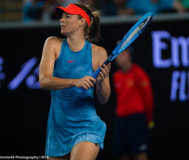 Maria Sharapova Blended With The Australian Open Courts In Her Nike Spring Maria Dress The Item Is Available In This Darker Version And A Lighter