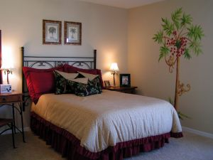 Easy home decor tips and simple bedroom decorating ideas