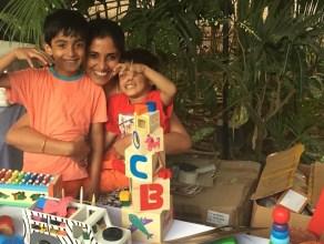 meeta-sharma-with-her-kids