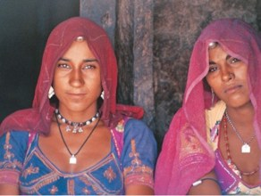 women-in-tribal-india